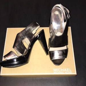 ad25fbe27439 Women s Michael Kors Metallic Heels on Poshmark